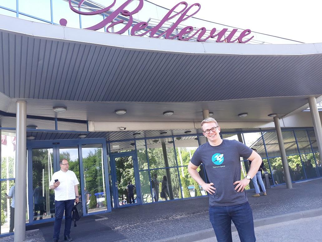 AC 参加在拉脱维亚举行的 eazyBI 社区日活动。